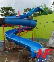 Perosotan Waterboom Spiral 01