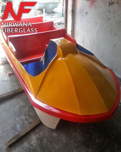 Jual sepeda air berbentuk perahu kayuh